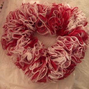 Valentines Wreath D3